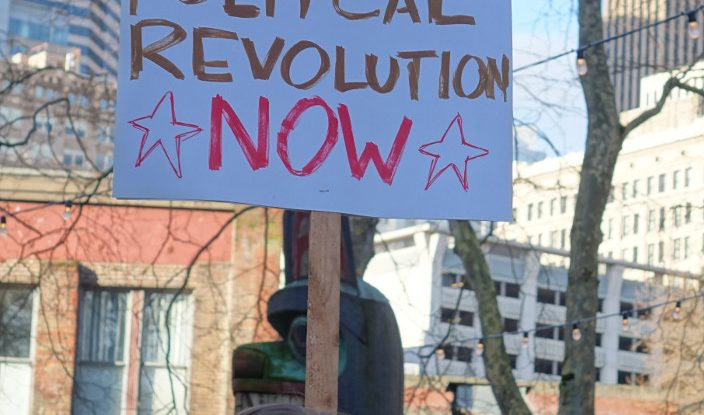 Revolución política