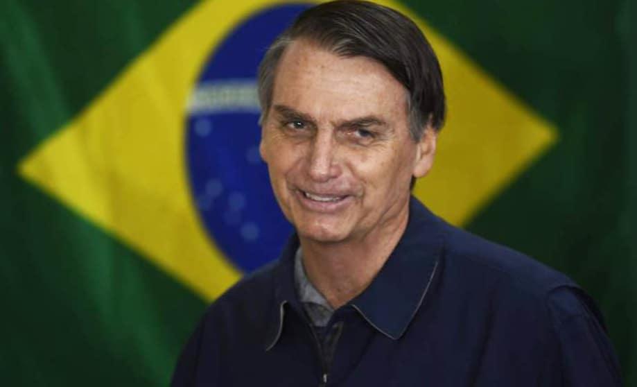 JAIR BOLSONARO, DUELE