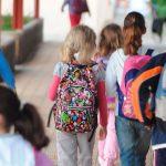 Políticas educativas entre cuatro paredes