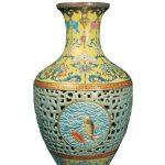 """¿Dónde instalar el """"jarrón chino"""" del ex Presidente Ricardo Lagos?"""