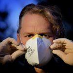 De la confusión sobre las mascarillas a las decisiones insuficientes (y peligrosas)